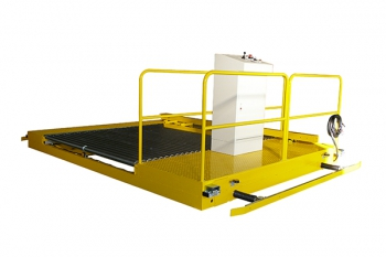 Roller conveyor vehicle