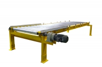 Roller conveyor for heavy industry